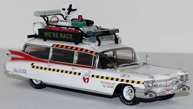 Cadillac_Ecto1a_Ghostbusters_II_12