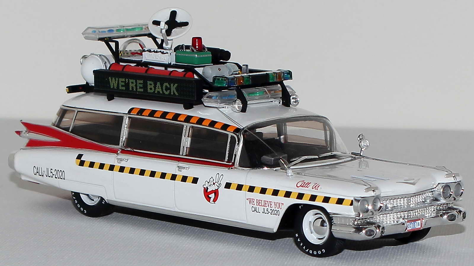 ghostbusters ecto 1 cadillac. Black Bedroom Furniture Sets. Home Design Ideas