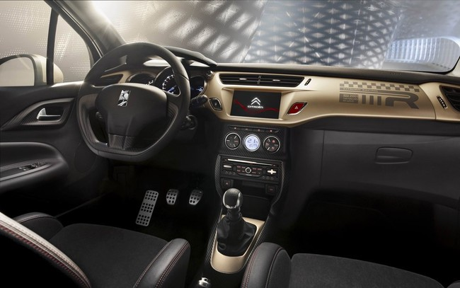 Citroen DS3 Racing Gold Mat 2013 04 interior