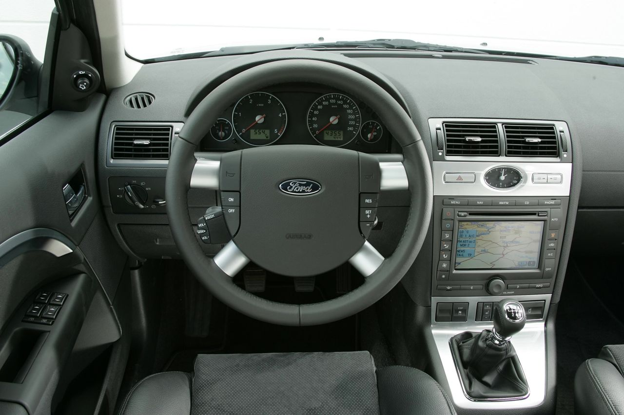 Ford mondeo 2006 interior the image kid for Interior ford mondeo