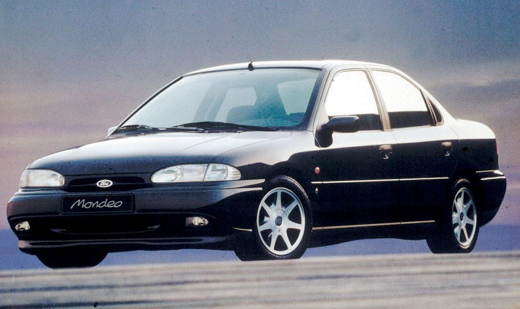 Ford Mondeo primera