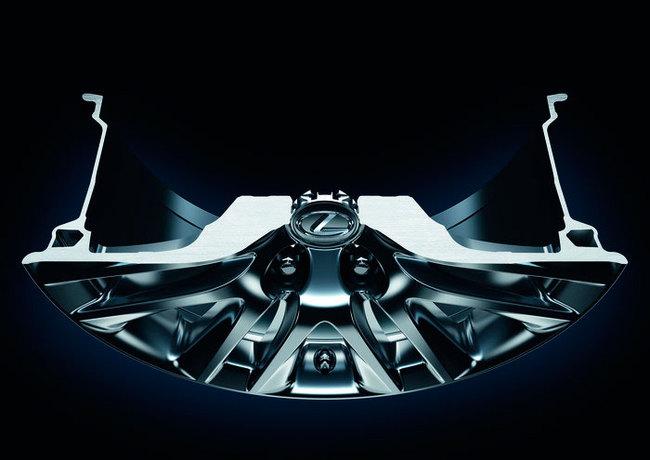 Lexus LS 2014 detalle