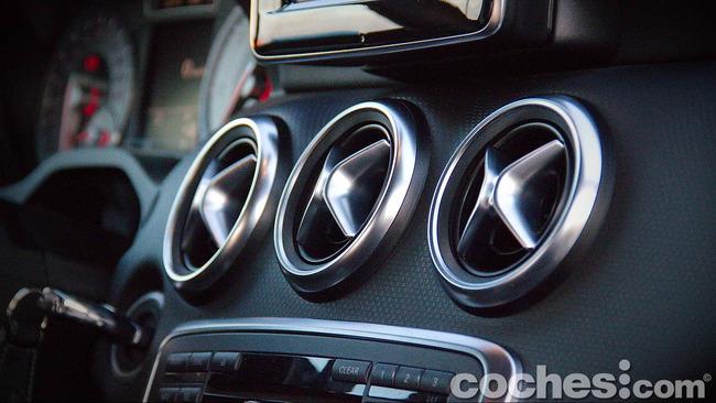 Mercedes_Benz_Clase_A_220_CDI_21
