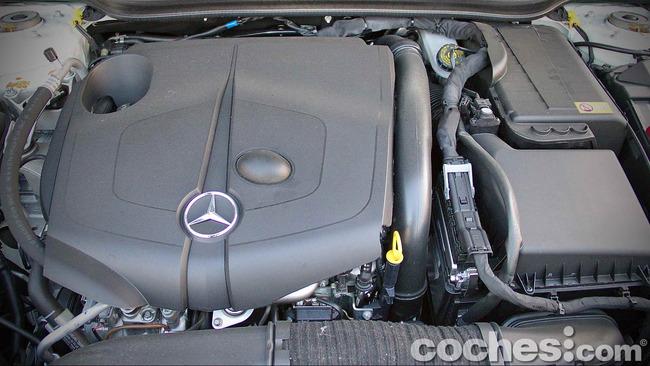 Mercedes_Benz_Clase_A_220_CDI_30