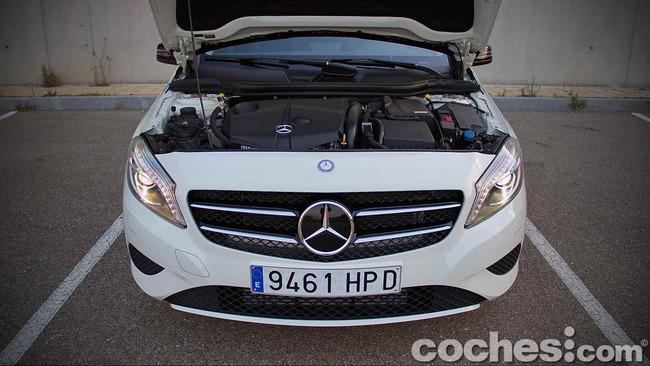Mercedes_Benz_Clase_A_220_CDI_31