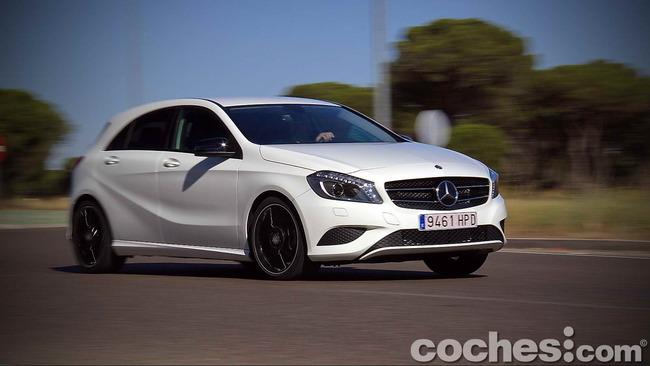 Mercedes_Benz_Clase_A_220_CDI_35