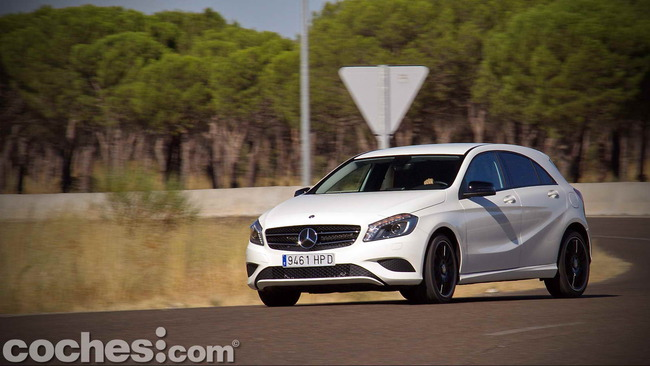 Mercedes_Benz_Clase_A_220_CDI_36
