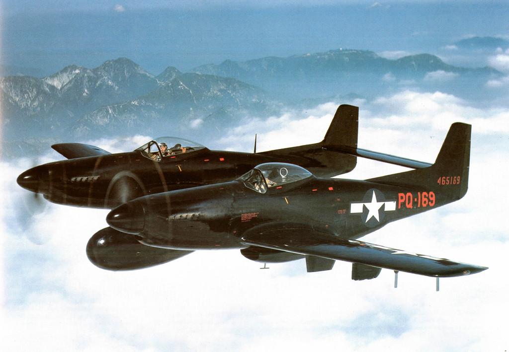 North-American-F-82-Twin-Mustang 1