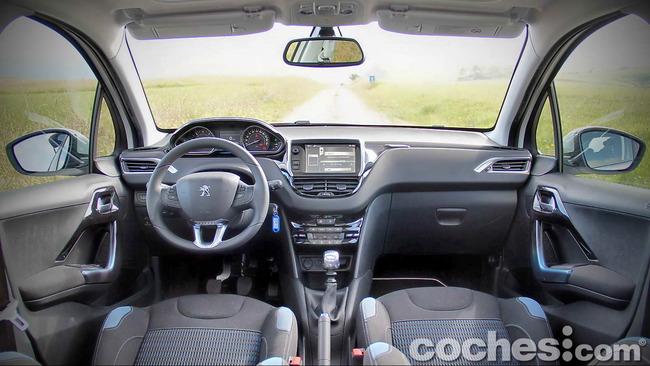 Peugeot_208_eHDI_10