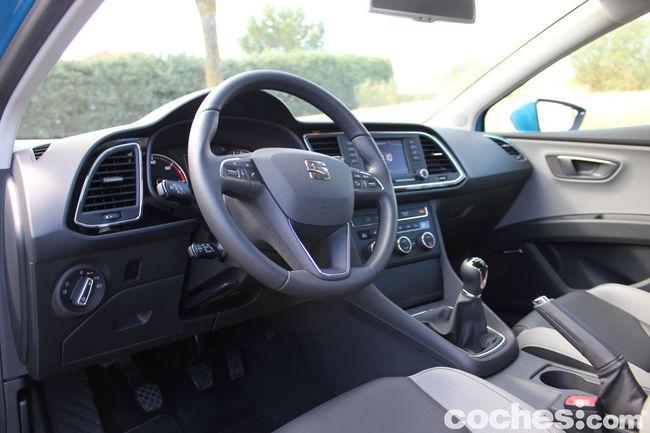 Seat Leon SC TDI 150 CV Style - interior 01