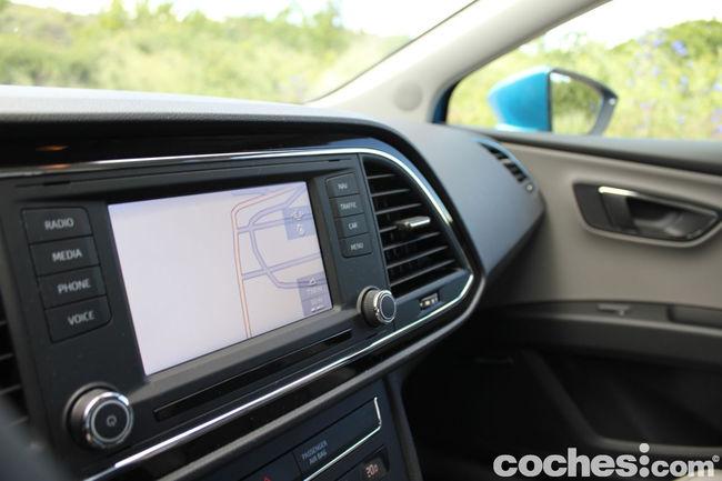 Seat Leon SC TDI 150 CV Style - interior 07