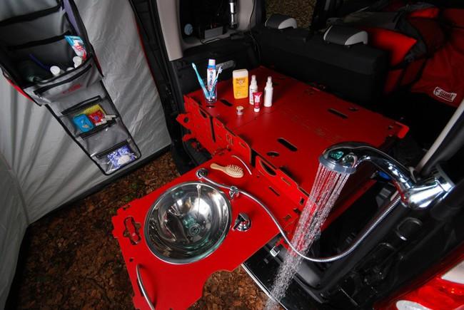 Swiss Room Box car camper 9
