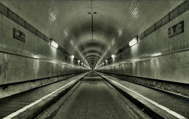 Túnel de Elba, Hamburgo