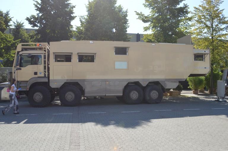 Unicat 8x8, el vehículo que resistiría el Armaggedon