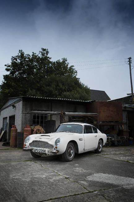 Aston Martin DB6 1967 6