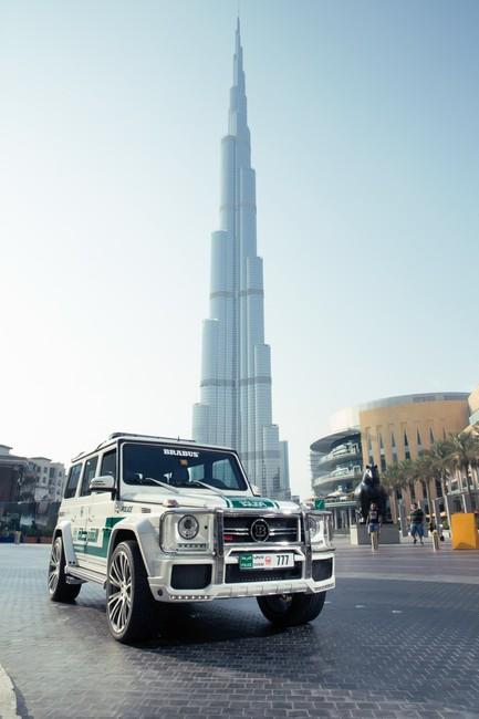 Brabus B63S policia Dubai 2013 09