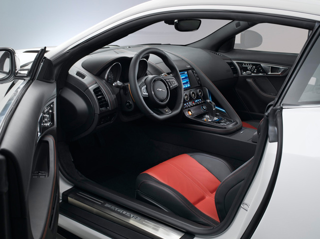 Jaguar F-Type Coupe 2014 12 interior