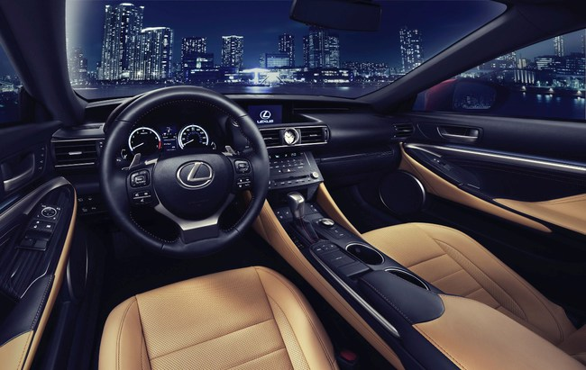Lexus RC 2013 05 interior