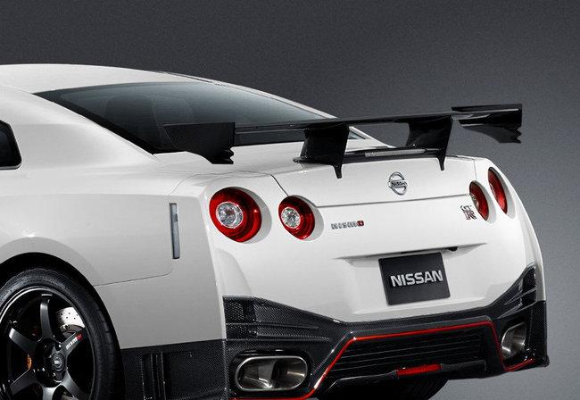 Nissan GT-R Nismo 2014 6