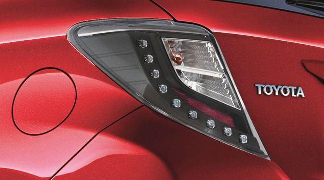 Toyota Yaris 2014 detalle