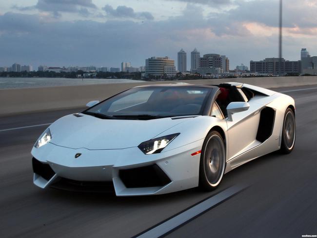 14. Lamborghini Aventador LP 700-4 de 2012