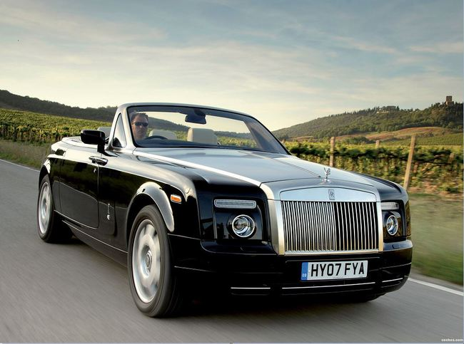 20. Rolls-Royce Phantom Drophead Coupe