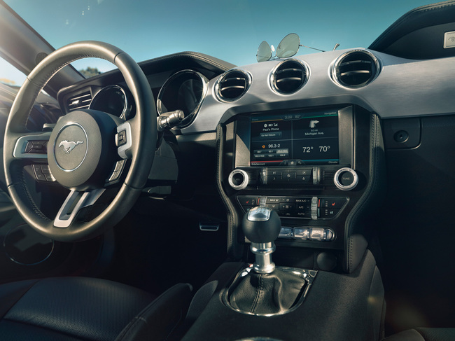 Ford Mustang 2015 13 interior