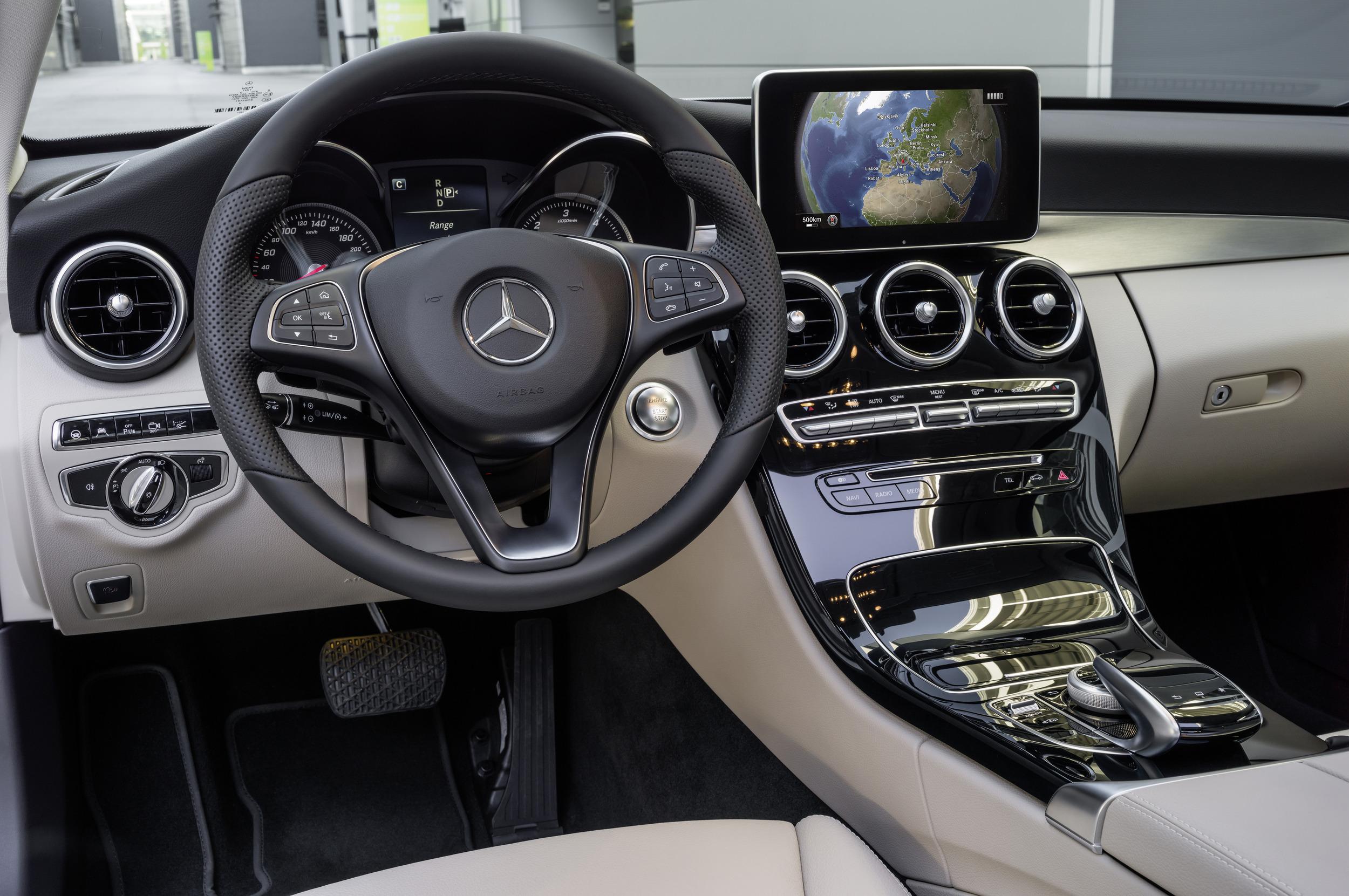 Nuevo mercedes clase c 2014 m s grande y tecnol gico que for Interior mercedes clase c