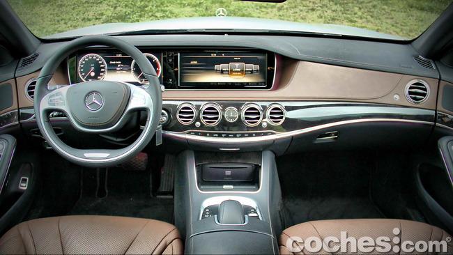 Mercedes_Benz_Clase_S_350_BlueTEC_25