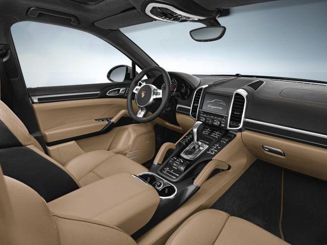 Porsche Cayenne Platinum Edition 2013 04 interior