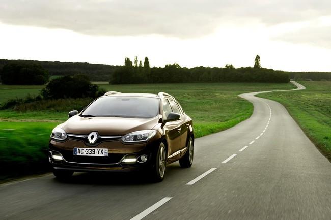 Renault Megane ST 2014 01
