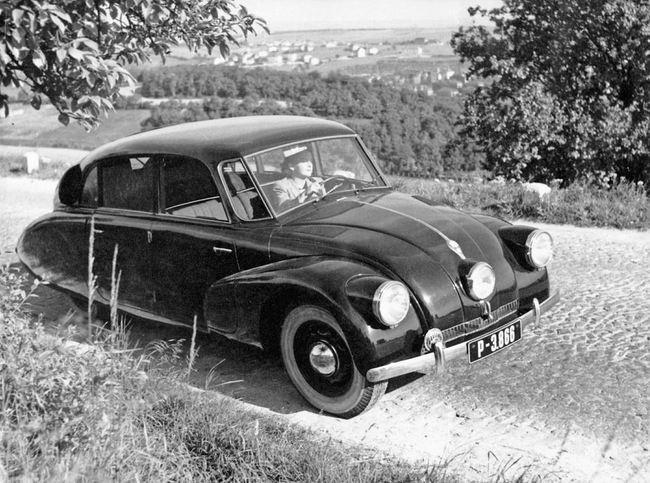 Tatra T87 10