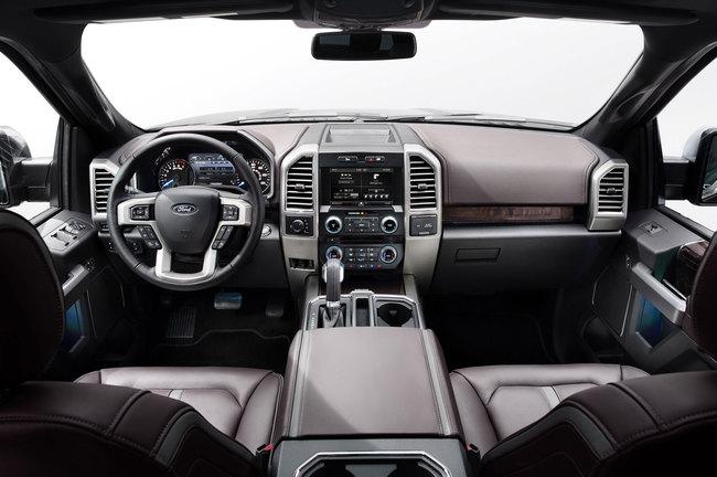 Ford F-150 2015 interior