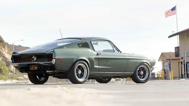 Ford_Mustang_Bullitt_02