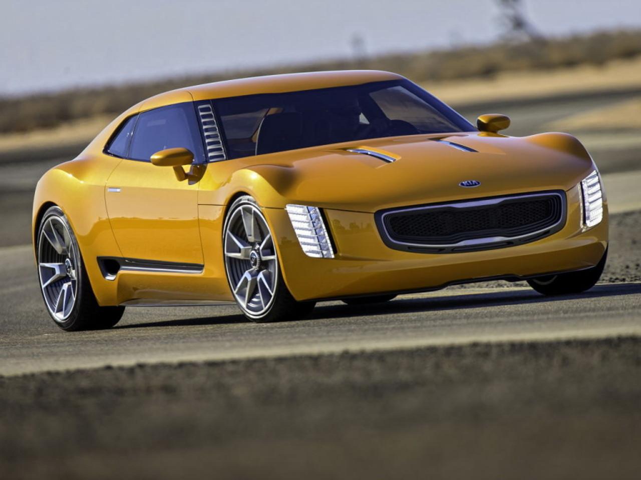 Kia GT4 Stinger 2014 02