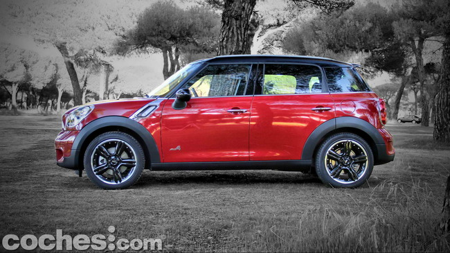 MINI_Cooper_S_Countryman_ALL4_05