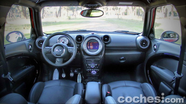 MINI_Cooper_S_Countryman_ALL4_06
