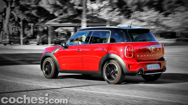 MINI_Cooper_S_Countryman_ALL4_21