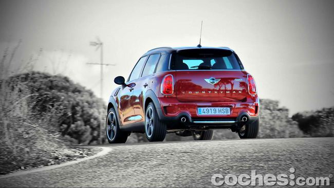 MINI_Cooper_S_Countryman_ALL4_27