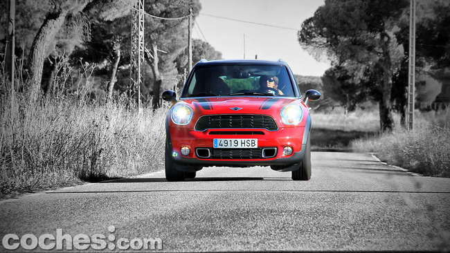 MINI_Cooper_S_Countryman_ALL4_32