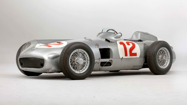 Mercedes_Benz_W196R_Formula_1_Racing_Single_Seater_1954_01