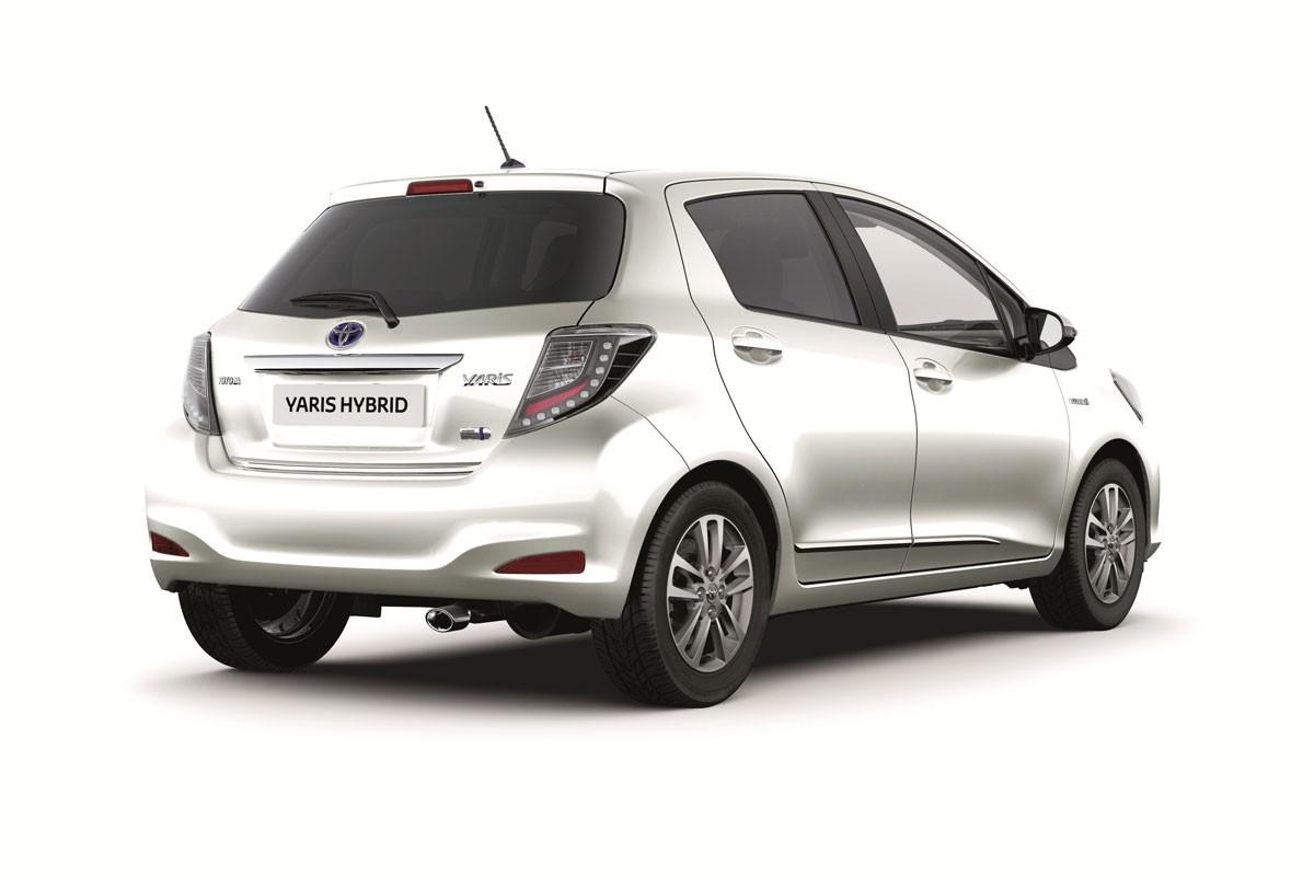 Toyota Yaris accesorios 2014 05