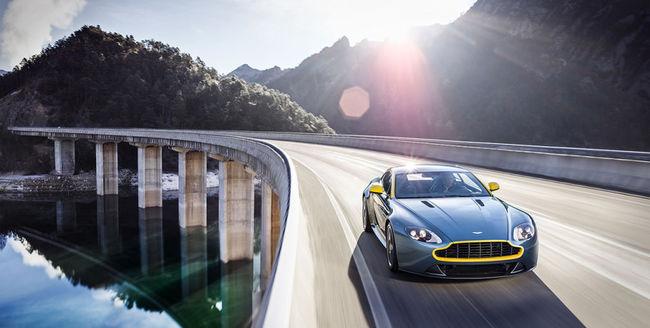 Aston  Martin V8 Vantage N430 2014 02