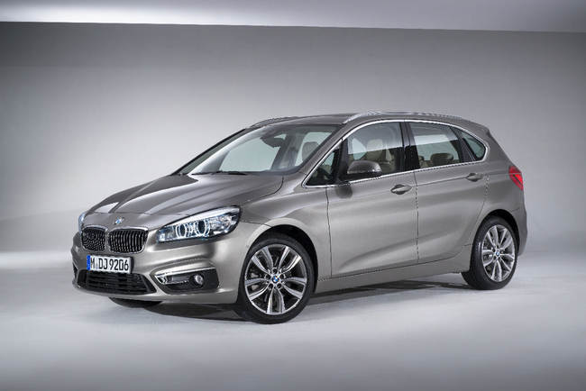 BMW Serie 2 Active Tourer 2014 estudio 4