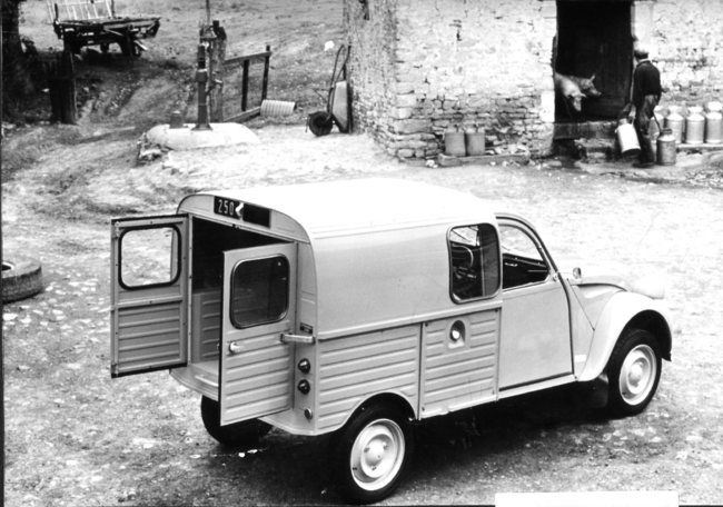 Citroen familiares historicos 32 CV Fourgonnette 250