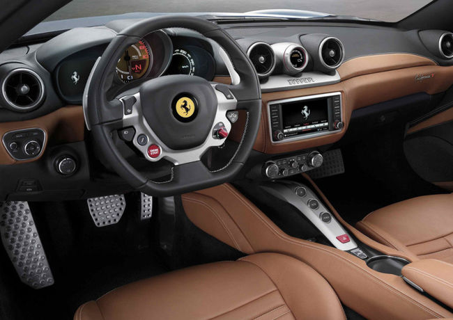 Ferrari California T 2014 interior