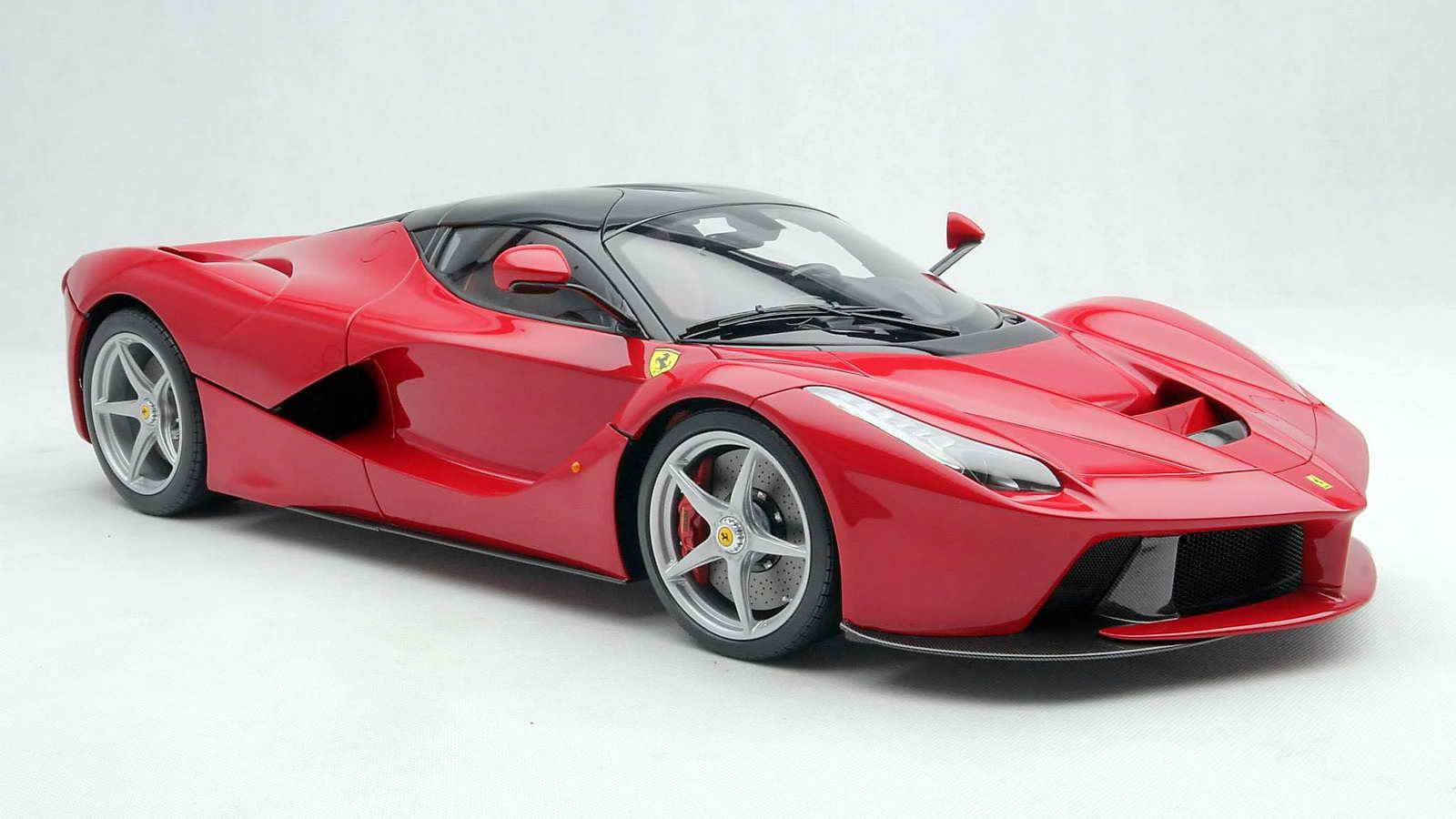 Ferrari_LaFerrari_Amalgam_01