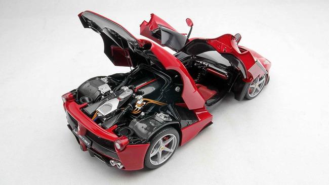 Ferrari_LaFerrari_Amalgam_06