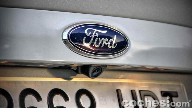 Ford_Kuga_39