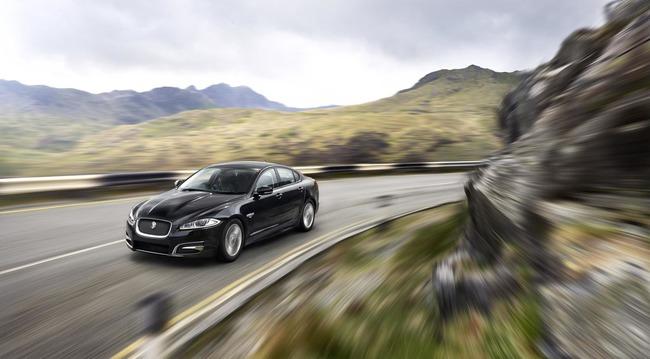 Jaguar XF R-Sport 2014 03